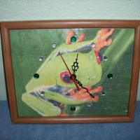 Puzzle Supreme's Jigsaw quartz clocks